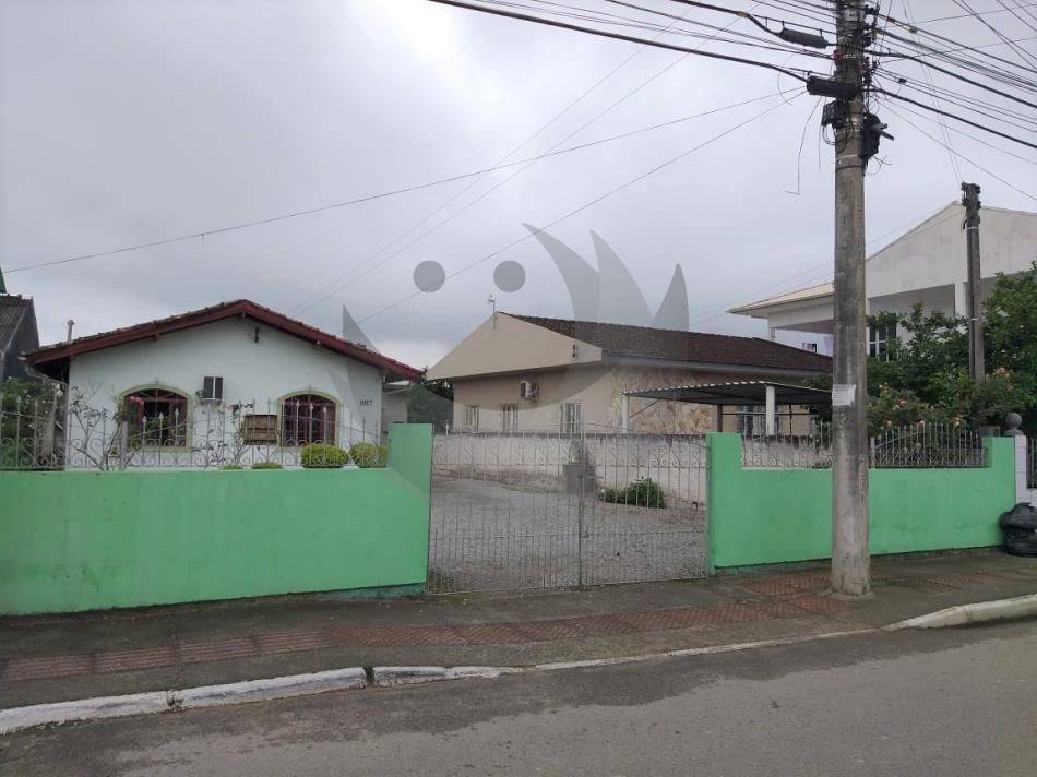 Casa Código 4743 a Venda no bairro Guarda do Cubatão na cidade de Palhoça Condominio