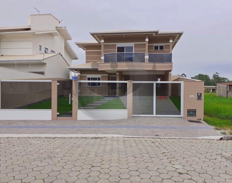 Casa Código 4814 a Venda  no bairro Vila Becker na cidade de Santo Amaro da Imperatriz
