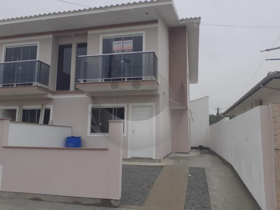 Casa Código 4816 para Alugar  no bairro Ponte do Imaruim na cidade de Palhoça