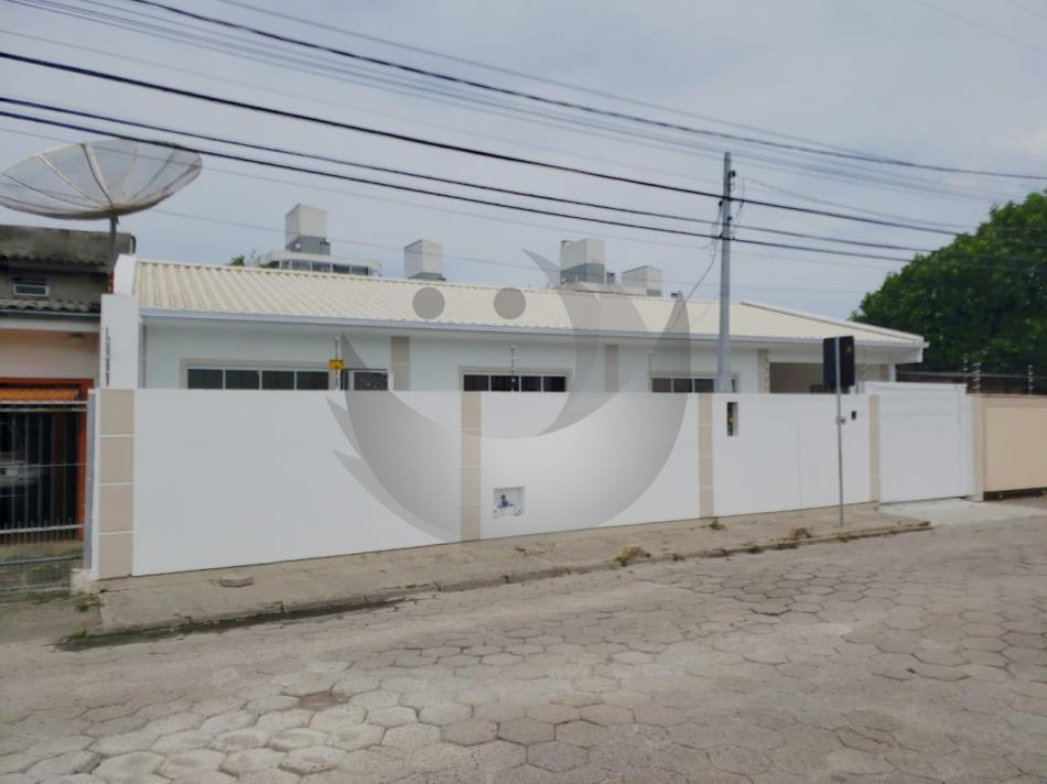Casa Código 4821 a Venda no bairro Rio Grande na cidade de Palhoça Condominio