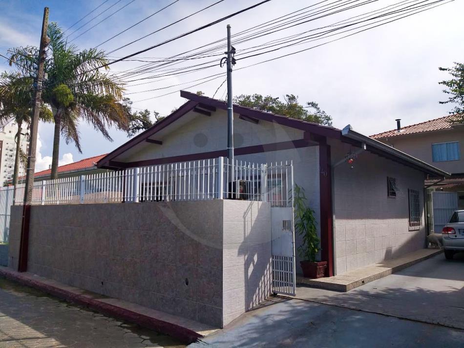 Casa Código 4912 a Venda no bairro Passa Vinte na cidade de Palhoça Condominio