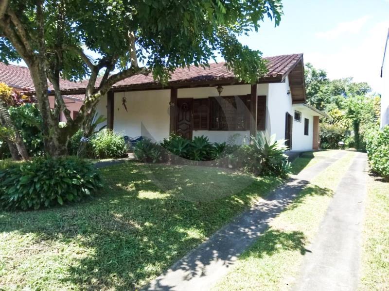 Casa Código 4917 a Venda no bairro Centro na cidade de Santo Amaro da Imperatriz Condominio