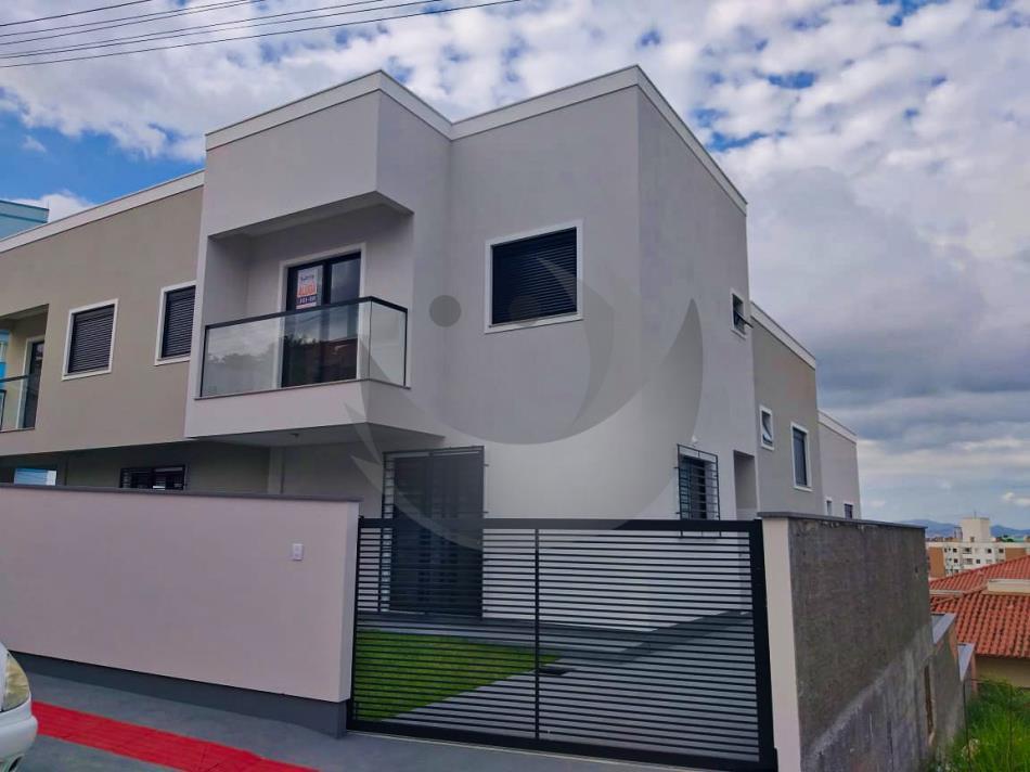 Casa Código 4942 para Alugar  no bairro Bela Vista na cidade de Palhoça
