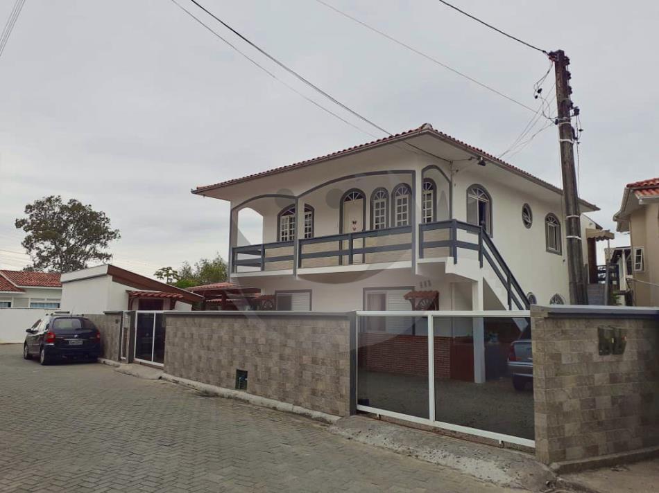 Casa Código 4967 a Venda no bairro Centro na cidade de Palhoça Condominio
