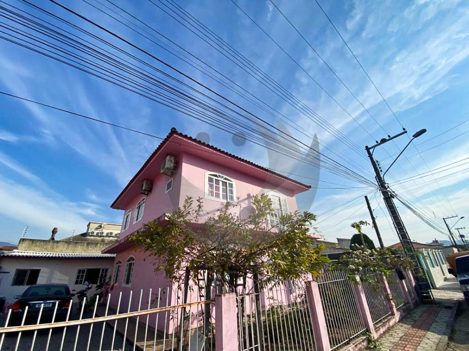 Apartamento Código 5047 para alugar no bairro Centro na cidade de Palhoça Condominio