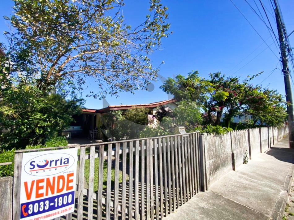 Casa Código 5061 a Venda no bairro Centro na cidade de Palhoça Condominio