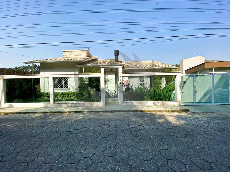 Casa Código 5107 a Venda no bairro Centro na cidade de Santo Amaro da Imperatriz Condominio