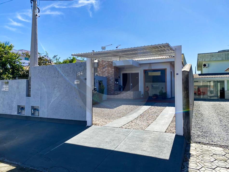 Casa Código 5131 a Venda no bairro Barra do Aririú na cidade de Palhoça Condominio