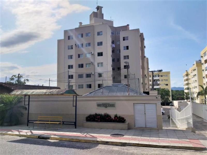 Apartamento Código 4500 para Alugar Residencial Europa no bairro Ponta de Baixo na cidade de São José