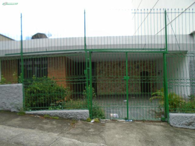 Casa-Codigo-10828-para-alugar-no-bairro-Centro-na-cidade-de-Juiz-de-Fora