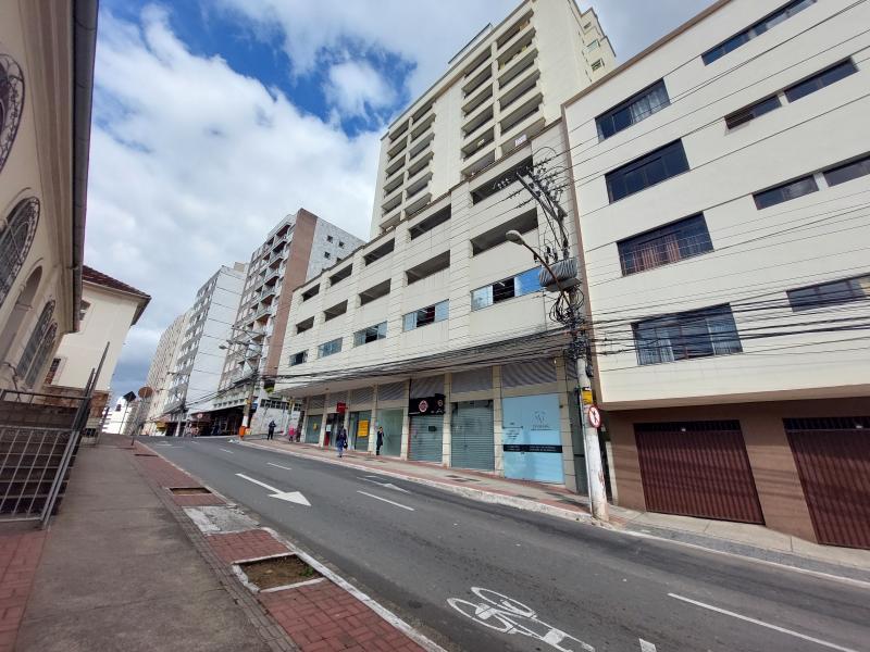 Apartamento-Codigo-10866-para-alugar-no-bairro-Centro-na-cidade-de-Juiz-de-Fora