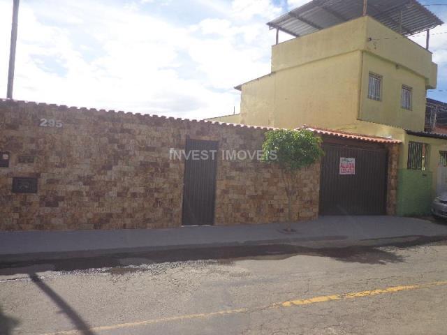 Casa-Codigo-10914-para-alugar-no-bairro-Progresso-na-cidade-de-Juiz-de-Fora
