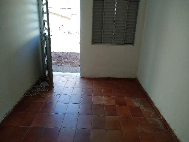 Casa-Codigo-11615-para-alugar-no-bairro-Santa-Luzia-na-cidade-de-Juiz-de-Fora
