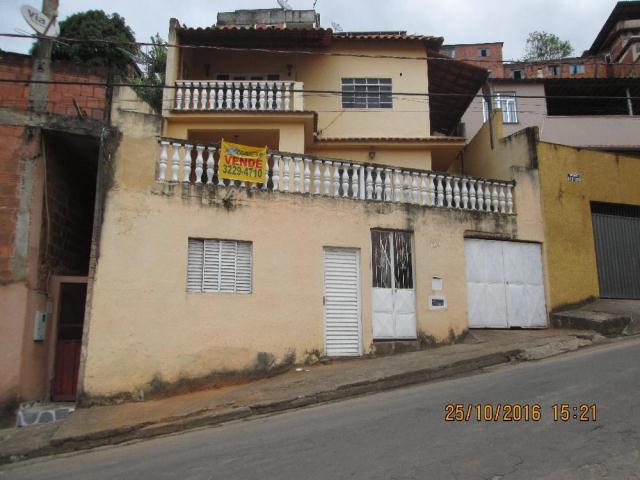 Casa-Codigo-11639-a-Venda-no-bairro-Santa-Cândida-na-cidade-de-Juiz-de-Fora