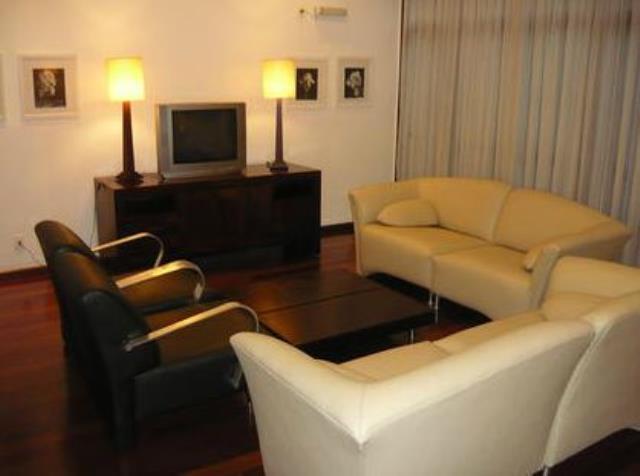 8. Sala de reunioes do condominio