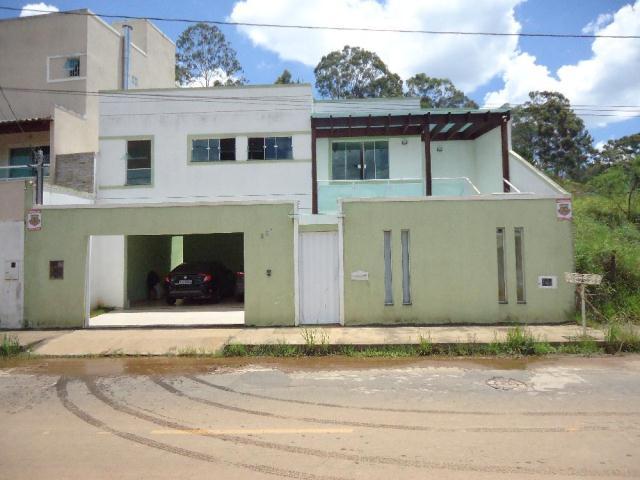 Casa-Codigo-11995-a-Venda-no-bairro-Novo-Horizonte-na-cidade-de-Juiz-de-Fora