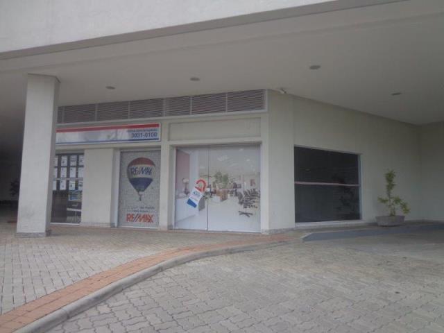 Loja-Codigo-12450-para-alugar-no-bairro-São-Mateus-na-cidade-de-Juiz-de-Fora
