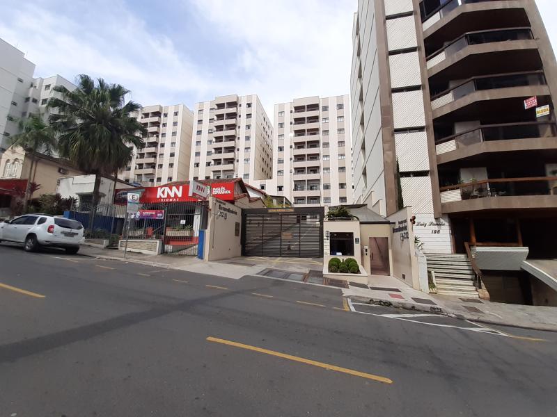Apartamento-Codigo-13498-para-alugar-no-bairro-Centro-na-cidade-de-Juiz-de-Fora