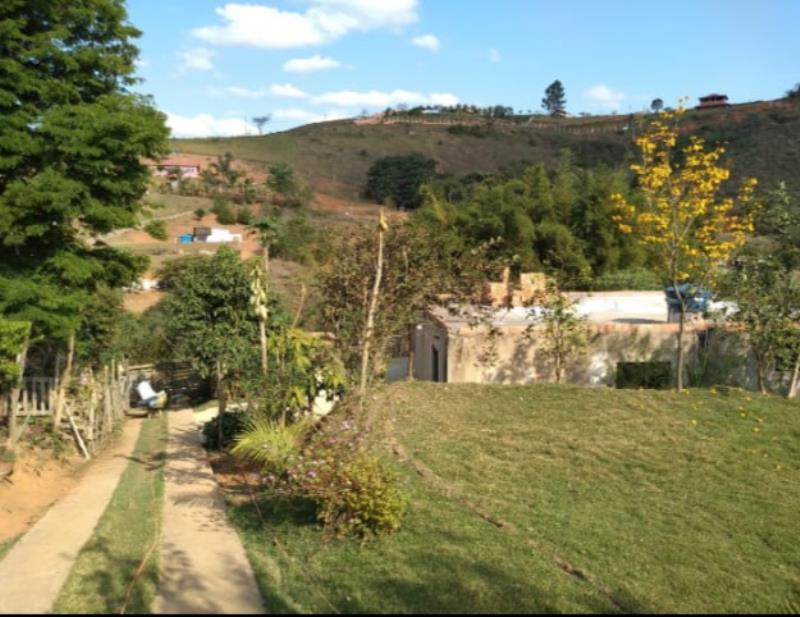 Granja-Codigo-13647-a-Venda-no-bairro-Santa-Cruz-na-cidade-de-Juiz-de-Fora