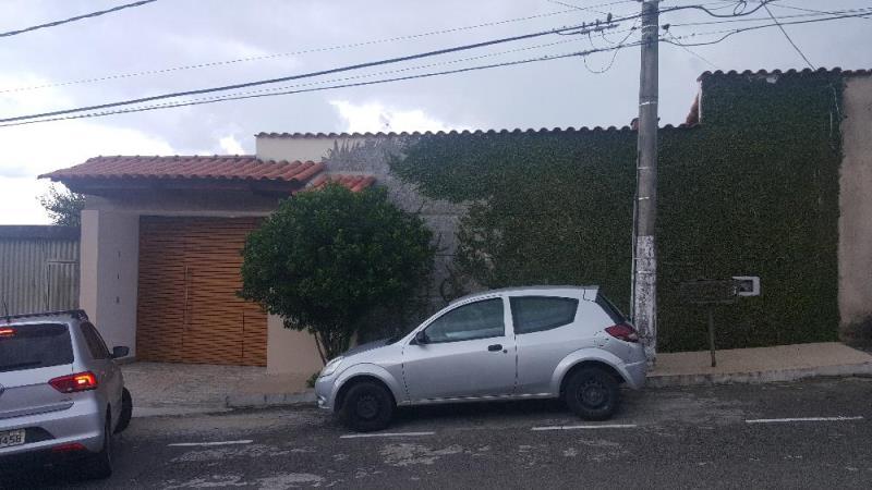 Casa-Codigo-13677-a-Venda-no-bairro-Quintas-das-Avenidas-na-cidade-de-Juiz-de-Fora