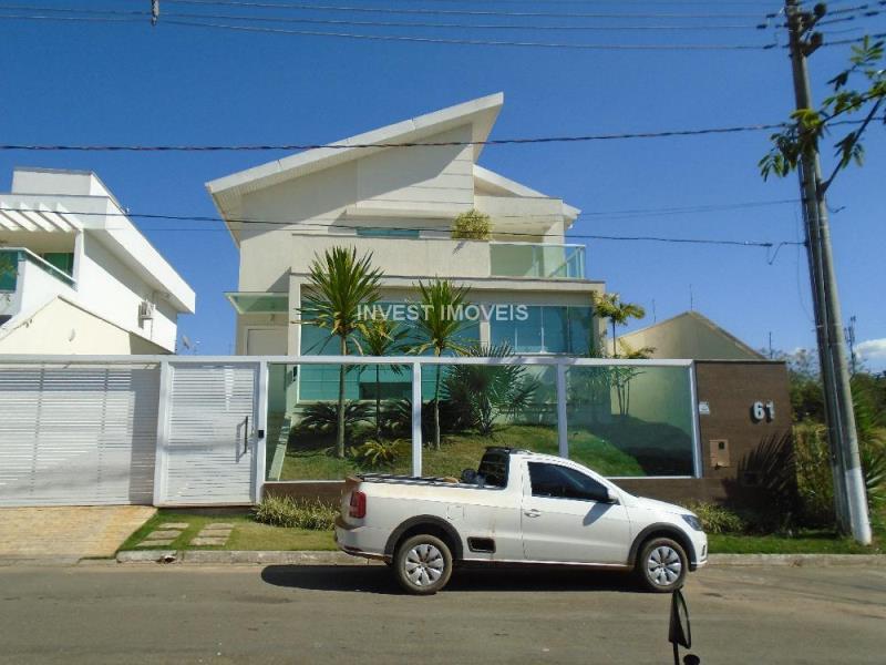 Casa-Codigo-14137-a-Venda-no-bairro-Aeroporto-na-cidade-de-Juiz-de-Fora