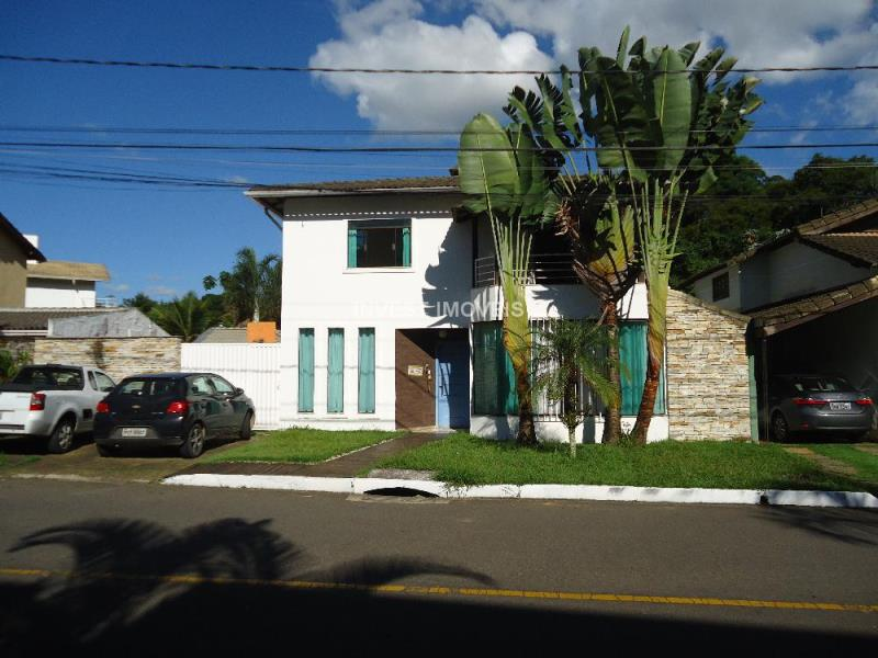 Casa-Codigo-15181-a-Venda-no-bairro-Bosque-Imperial-na-cidade-de-Juiz-de-Fora