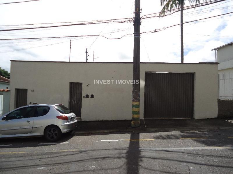 Casa-Codigo-15235-a-Venda-no-bairro-Santa-Catarina-na-cidade-de-Juiz-de-Fora