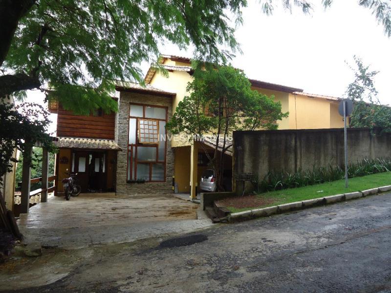 Casa-Codigo-15610-a-Venda-no-bairro-Chales-do-Imperador-na-cidade-de-Juiz-de-Fora