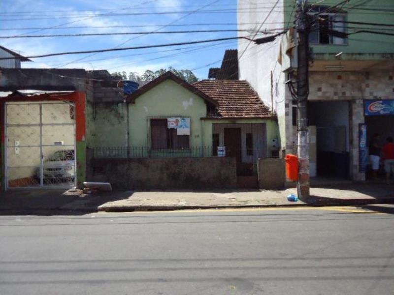 Casa-Codigo-15916-a-Venda-no-bairro-Santa-Luzia-na-cidade-de-Juiz-de-Fora