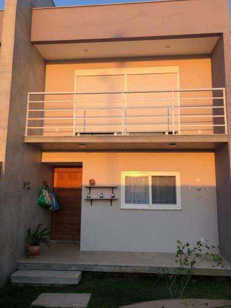 Casa-Codigo-16014-a-Venda-no-bairro-Praia-do-Foguete-na-cidade-de-Cabo-Frio