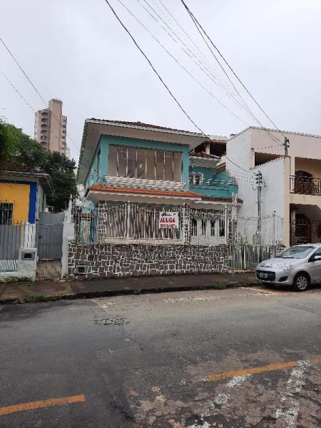 Casa-Codigo-1645-para-alugar-no-bairro-Passos-na-cidade-de-Juiz-de-Fora