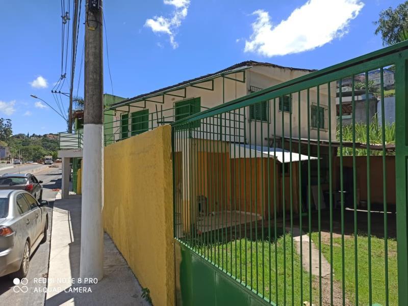 Casa-Codigo-16679-a-Venda-no-bairro-São-Pedro-na-cidade-de-Juiz-de-Fora