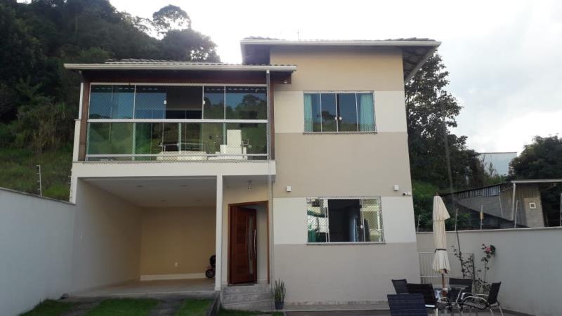 Casa-Codigo-16721-a-Venda-no-bairro-Santa-Isabel-na-cidade-de-Juiz-de-Fora