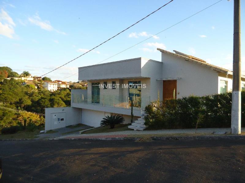Casa-Codigo-16823-a-Venda-no-bairro-Morro-do-Imperador-na-cidade-de-Juiz-de-Fora