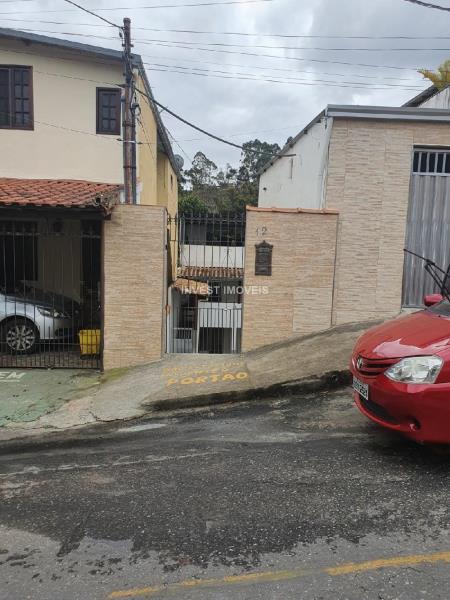 Casa-Codigo-16844-a-Venda-no-bairro-Santo-Antônio-na-cidade-de-Juiz-de-Fora
