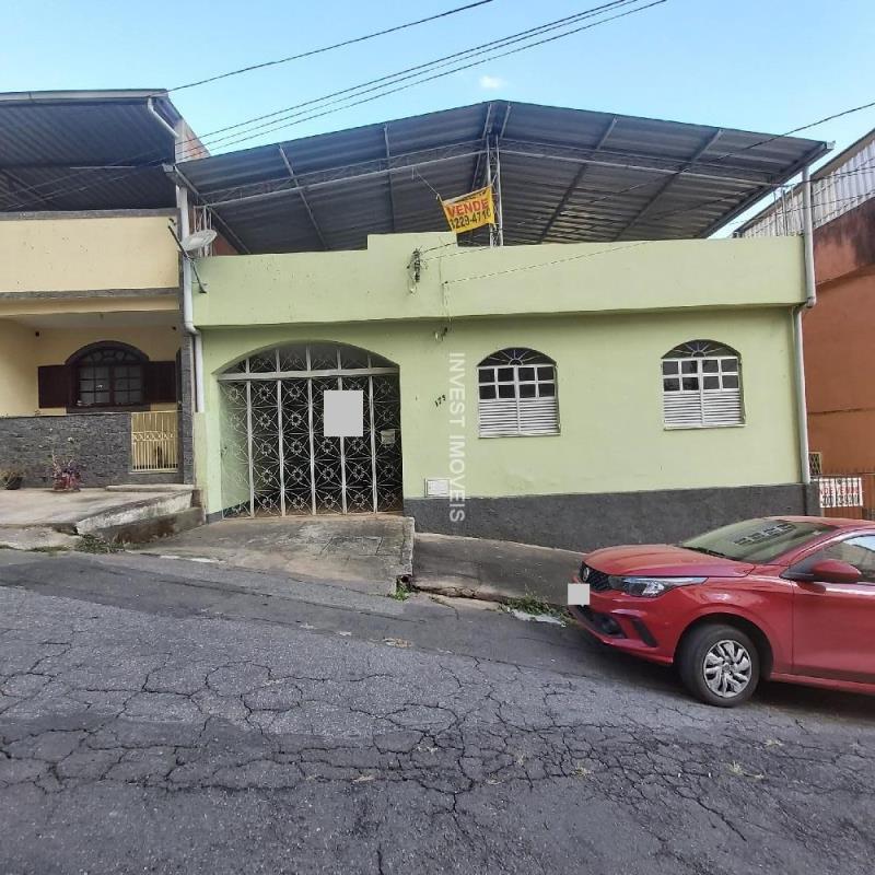 Casa-Codigo-17444-a-Venda-no-bairro-São-Mateus-na-cidade-de-Juiz-de-Fora