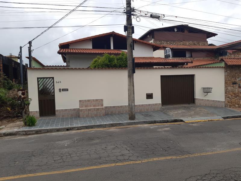 Casa-Codigo-17479-a-Venda-no-bairro-Santa-Maria-na-cidade-de-Juiz-de-Fora