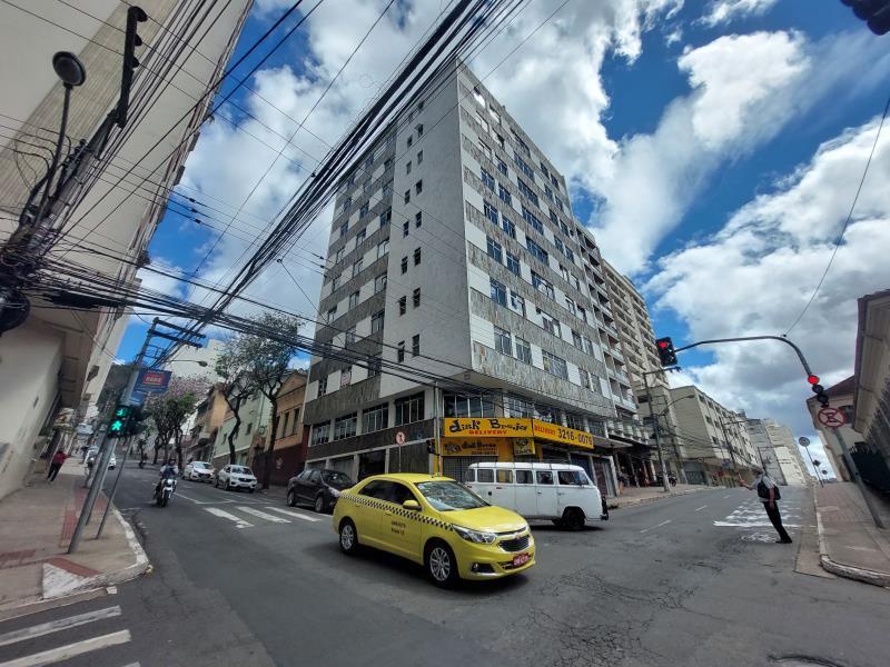 Apartamento-Codigo-17910-para-alugar-no-bairro-Centro-na-cidade-de-Juiz-de-Fora