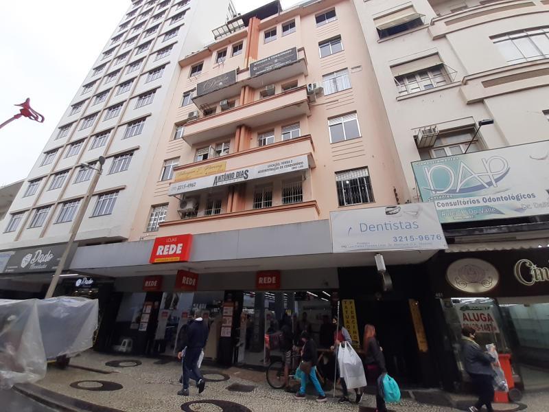 Apartamento-Codigo-2134-para-alugar-no-bairro-Centro-na-cidade-de-Juiz-de-Fora