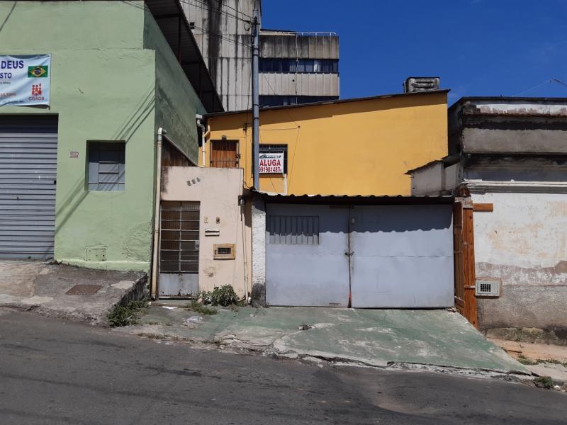 Casa-Codigo-2827-para-alugar-no-bairro-Ladeira-na-cidade-de-Juiz-de-Fora