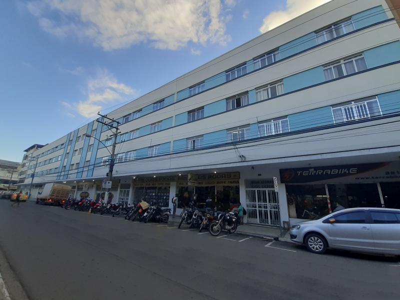 Apartamento-Codigo-4805-para-alugar-no-bairro-Centro-na-cidade-de-Juiz-de-Fora