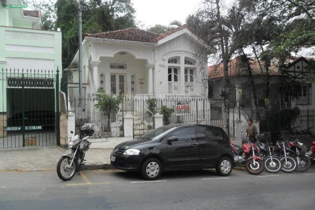 Casa-Codigo-4927-para-alugar-no-bairro-Centro-na-cidade-de-Juiz-de-Fora