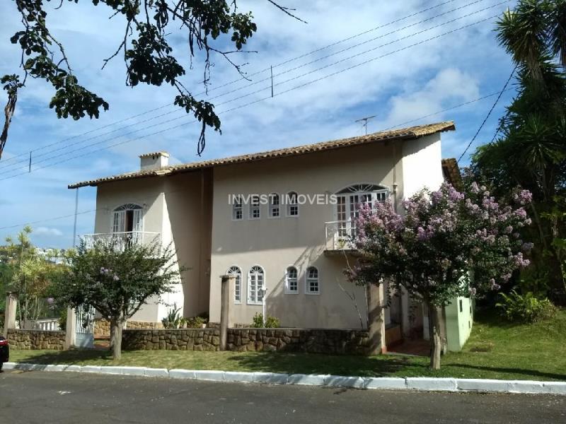 Casa-Codigo-5467-a-Venda-no-bairro-Parque-Guadalajara-na-cidade-de-Juiz-de-Fora