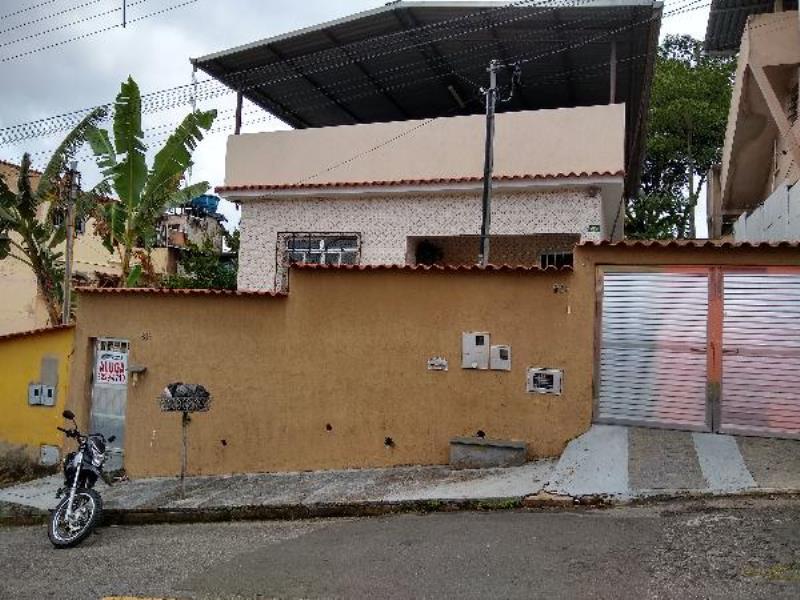 Casa-Codigo-5568-para-alugar-no-bairro-Santo-Antônio-na-cidade-de-Juiz-de-Fora