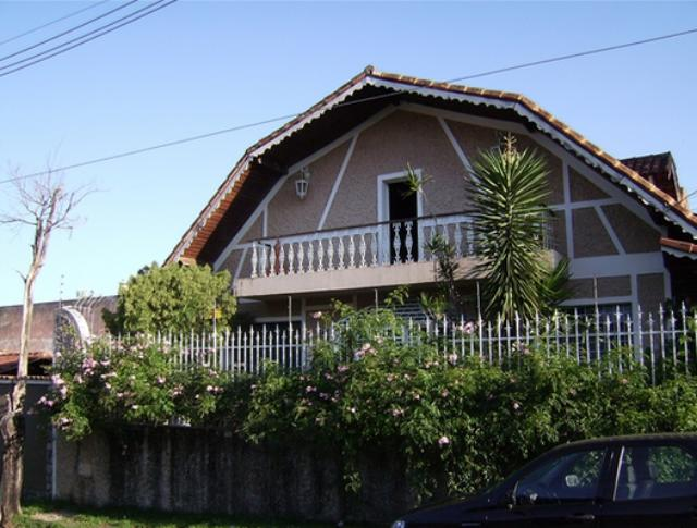 Casa-Codigo-5673-a-Venda-no-bairro-Parque-Guarua-na-cidade-de-Juiz-de-Fora