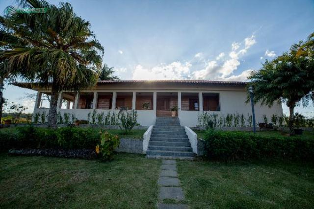 Casa-Codigo-6777-a-Venda-no-bairro-Bosque-do-Imperador-na-cidade-de-Juiz-de-Fora