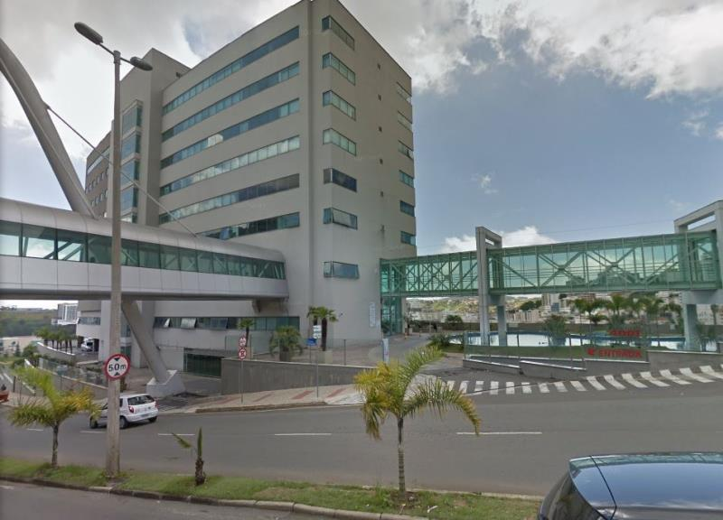 Sala-Codigo-7794-para-alugar-no-bairro-Cascatinha-na-cidade-de-Juiz-de-Fora