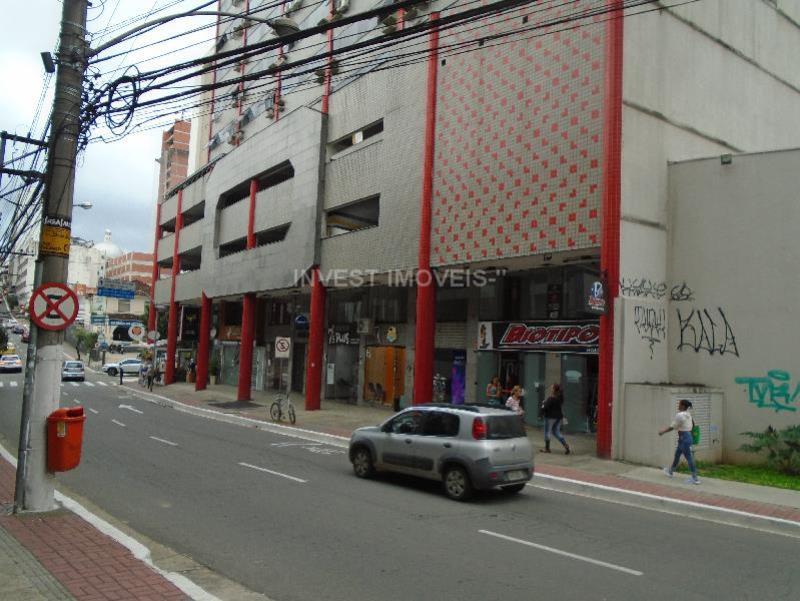 Sala-Codigo-7945-para-alugar-no-bairro-Centro-na-cidade-de-Juiz-de-Fora