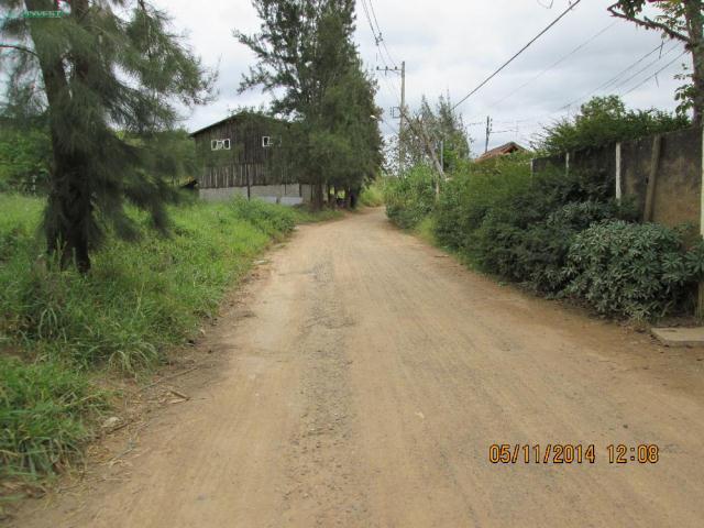 Casa-Codigo-8177-a-Venda-no-bairro-Bosque-do-Imperador-na-cidade-de-Juiz-de-Fora