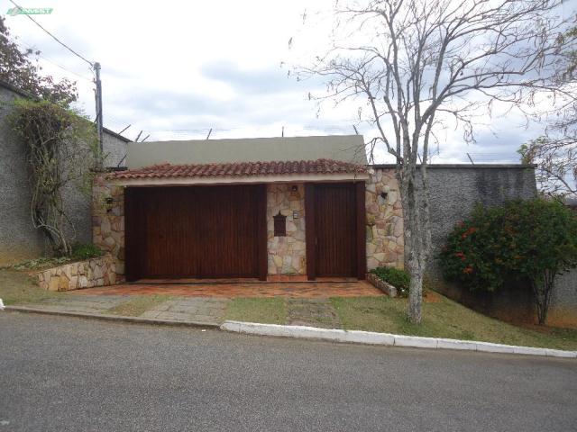 Casa-Codigo-8805-a-Venda-no-bairro-Aeroporto-na-cidade-de-Juiz-de-Fora